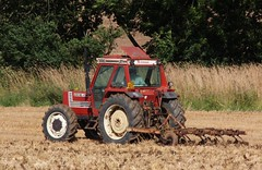 C251 PEG (2) (Nivek.Old.Gold) Tags: 1986 fiatagri 10090 dt 4wd tractor cultivator