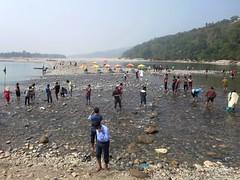 Bangladeshi Tourists (D-Stanley) Tags: bangladeshi tourists indian border jaflong bangladesh