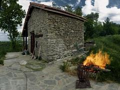 Burn (Elliott Bignell) Tags: italy italie italia italien ligure liguria ligurien cairo montenotte ciandellacana piandellacanepa dego monti burn brennen feuer fire haus house bonfire
