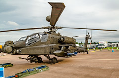 RIAT 2016-239.jpg (markw66) Tags: airshows gunship helicopter 5dmkiii apache canon5dmkiii fairford2016 aircraft kempsford england unitedkingdom gb riat2016