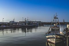 Port Tarifa (Javier Balanzat Duque) Tags: landscape paisaje port puerto tarifa cadiz barco persquero sea mar dique cielo azul