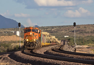 BNSF 7537 W U KELBAR1 09M Hackberry, AZ