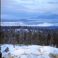 Inspiration point - Velvia 50 (magnus.joensson) Tags: usa american utah brycecanyonnationalpark bryce snow hasselblad 500cm zeiss teletessar 350mm cf fuji velvia 50 e6