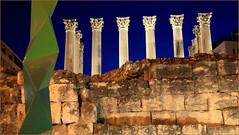 Colonnes corinthiennes en marbre blanc du temple romain, Cordoba, Andalucia, Espana (claude lina) Tags: claudelina espana spain espagne andalucia andalousie city town ville cordoba cordoue architecture colonnes colonnesromaines
