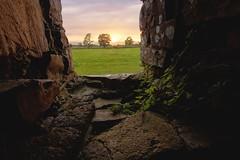 2016-08-27_01-54-06 (jonathon lynam) Tags: bectiveabbey bective abbey sunset clouds sky yrees green stone nikon nikonphotography nikond40 d40 1020mm