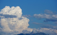 gaseous against mountainous (Riex) Tags: mountains montagnes pics peaks toursdaï tourdaï alpes alps skyline nuages clouds cumulus sky ciel nature suisse switzerland schweiz a900 minoltaamount amount tamronsp70300mmf456