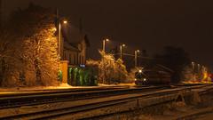 Ostatni pocig na stacji Praha-Satalice (foka kytutr) Tags: longexposure station night train prague railway praha praga stacjakolejowa kytutr elezninstanice pentaxsmca5014 pentaxk200d satalice