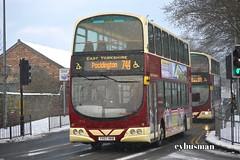 East Yorkshire 715, YX07HKA. (EYBusman) Tags: road snow bus eclipse volvo coach yorkshire east motor wright hull gemini services bridlington eyms b9tl hilderthorpe eybusman