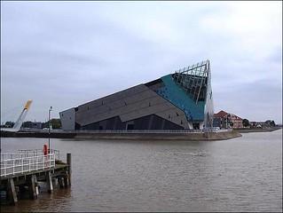 The Deep Aquarium ...