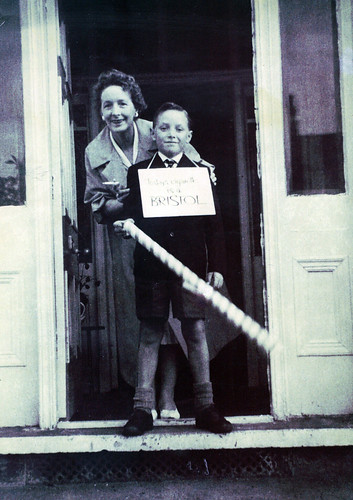 Margaret Maxwell and son Ian 1960