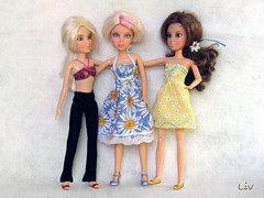 3 Livs (dog.happy.art) Tags: toy toys doll dolls vinyl collection liv articulated collecting jointed