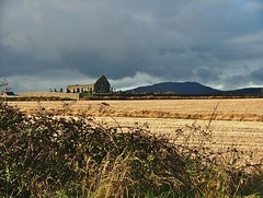 Carlingford- Templetown- Kilwirra Church ruins and view to Slievenaglogh- DSCF4338 (Cairlinn) Tags: mountain ruin carlingford churchruins templetown kilwirrachurch slievenaglogh