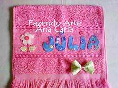 julia (Ana Carla_Fazendo Arte) Tags: baby bebê patchwork menina menino rosto toalhinha toalharosta