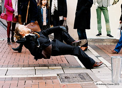 The Matrix is all around us (Anthony Cronin) Tags: ireland dublin colour film analog rangefinder 200asa ishootfilm ac apug keanu reeves agfavista dubliners hexanon c41 dublinstreet konicaautos3 dublinstreets ©allrightsreserved dublinlife streetsofdublin irishphotography lifeindublin irishstreetphotography dublinstreetphotography streetphotographydublin anthonycronin livingindublin insidedublin livinginireland streetphotographyireland thematrixmovie tpastreet photangoirl thematrixfilm