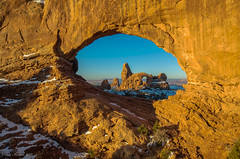 Turret Arch (Steve Flowers) Tags: winter sunrise archesnationalpark northwindow turretarch nikond7000 steveflowersphotographycom photoclamtripodandbh nikon1024mmf3545gedafsdxlens