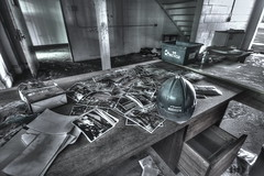 Urbex Quebec - Lucifert - 2013 - HDr - Projekt Mgo - We Recycle (Lucifert [ Urbex Quebec ]) Tags: urban building hat rural project photo perfect quebec helmet tube picture urbanexploration copper pro split exploration tubing hdr projekt urbex cuivre csst photomatix 2013 efex tonning rurex tonnemapping abbandonned lucifert