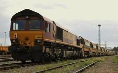66104 Bescot Yard (Paul Baxter 362) Tags: class66 66104 ews dbschenker dbcargo dbs dbc bescot bescotyard grandjunctionroute