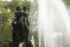 New York_20160911_122 (falconn67) Tags: newyork nyc city travel canon 5dmarkiii 24105l brooklyn park fountain statue grandarmyplaza baileyfountain