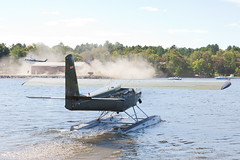 Private Helio H800 Courier N400HE (jbp274) Tags: greenville greenvilleseaplaneflyin 52b flyin mooseheadlake airplanes seaplane floatplane helio h800 courier lake water