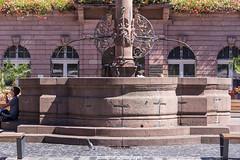 Heidelberg City Hall Fountain - August 2016 (boettcher.photography) Tags: heidelberg heidelbergaltstadt august summer sommer germany deutschland badenwrttemberg fountain brunnen cityhall rathaus taube pigeon tier animal vogel bird stadt city sashahasha boettcherphotography