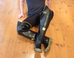 Archive (essex_mud_explorer) Tags: bullseye hood bullseyehood waders thigh boots thighboots thighwaders cuissardes watstiefel gummistiefel rubber rubberboots rubberlaarzen vintage madeinbritain silvertownuk