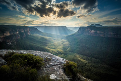 Gorgeous Grose from Butterbox Point.jpg (Gary Hayes) Tags: australia sunsrisesunset grosevalley landscape cloudscapes newsouthwales bluemountains