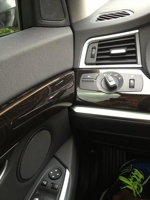 door wood car leather wagon design automobile driving interior dash german bmw gran gt trim decor turismo dakota hatchback 535 uploaded:by=flickrmobile flickriosapp:filter=nofilter