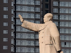 Mao says: advance, property market! /  (Fear_Through_The_Eyes) Tags: china street statue apartments mao housing