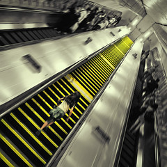follow the yellow brick road (fotobananas) Tags: urban london up yellow stairs pen underground square dorothy escape metro oz sunday escalator tube streetphotography saturday olympus knightsbridge diagonal route ubahn wizardofoz emeraldcity cliche ep1 rolltreppe quadrat sliders hss hcs landofoz followtheyellowbrickroad pleasestandontheright fotobananas