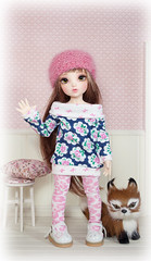 Happy Weekend Everyone :) (Amy Lilley) Tags: pink flowers cute wool hat handmade knit chloe fabric leopard wig fox mohair kawaii bjd brunette fairyland monique yosd roombox littlefee amylilley nomyens joyfulgirlgypsyheart