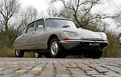 Citroën DS 23 IE Pallas 1972 (XBXG) Tags: auto old france classic netherlands car vintage french automobile ds nederland citroën voiture 23 ie paysbas tiburon ancienne pallas bloemendaal tiburón snoek citroënds déesse française strijkijzer