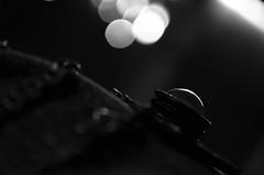 B&W | Martes, 5 de Marzo del 2013 (AngelDArt) Tags: morning bw color blanco negro marzo martes necklance