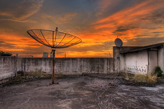 Satellite Dish (frahmanz) Tags: sunset sky building indonesia dish collection jakarta kebayoran flickraward flickrawardgallery badzfrahman frahman frahmanbadz frahman76