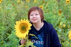 Sunflower portraits in Phu Tub Berk, Petchabun, Thailand (UweBKK ( 77 on )) Tags: portrait people woman girl portraits thailand person asia sony tub sunflower southeast alpha dslr berk petchabun phu 550 petchaboon phutubberk