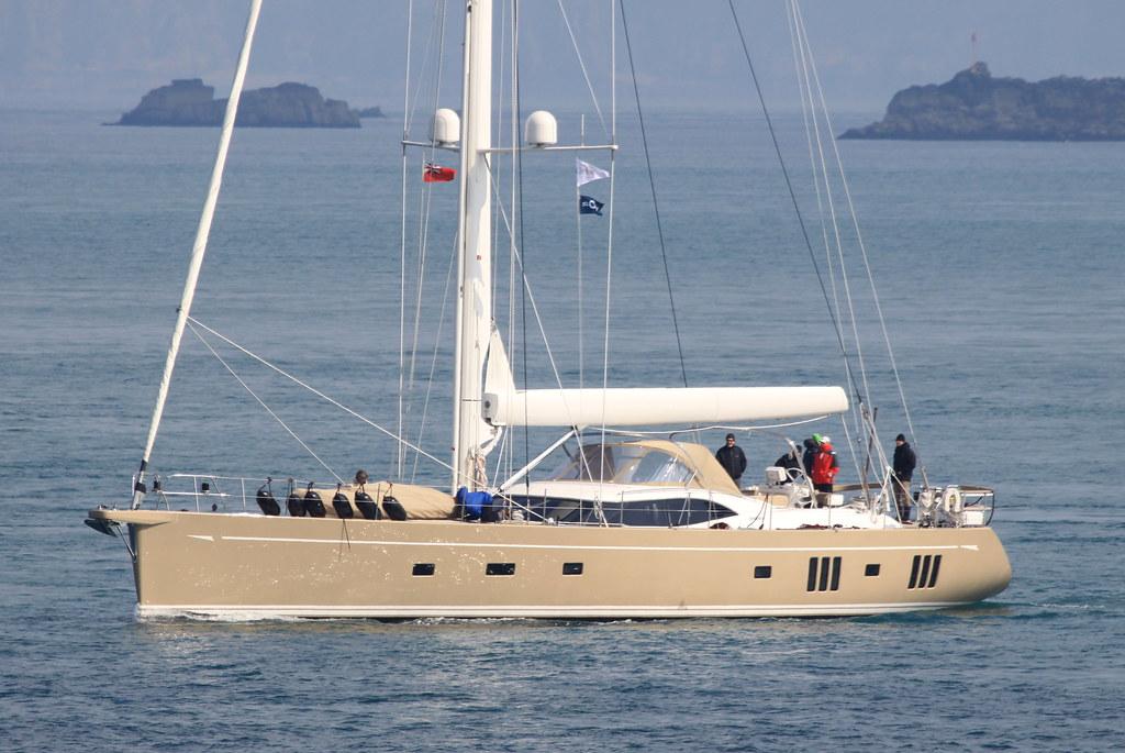 Karibu (Oyster 885)