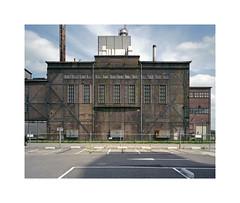 old industrial building (ha*voc) Tags: mamiya7ii 65mm rangefinder film 6x7 mediumformat 220 fujinps160 urban industrial urbanfragments industrialfragments industrialstructures halfweg
