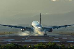 Landing ~ Thuuuddd (Hiro_A) Tags: itami osaka international airport airplane airline aircraft plane landmark landing nikon d7200 tamron 70300mm 70300 thud japan