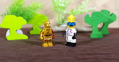 The Mad Scientist has decided to make C3PO more human-like (Busted.Knuckles) Tags: home toys lego minifigures c3po madscientist pentaxk3 camerautility5