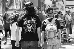 GUNS N'ROSES (Alvimann) Tags: alvimann canon canoneos550d canon550d canoneos gente man men people hombre male hombres gunsandroses rock musica music rockandroll gunsnroses hat hats sombrero sombreros boina boinas beret blackandwhite black negro white blanco blancoynegro