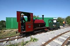 IMG_4921 (Hampton & Kempton Waterworks Railway.) Tags: darent alister arrives loop