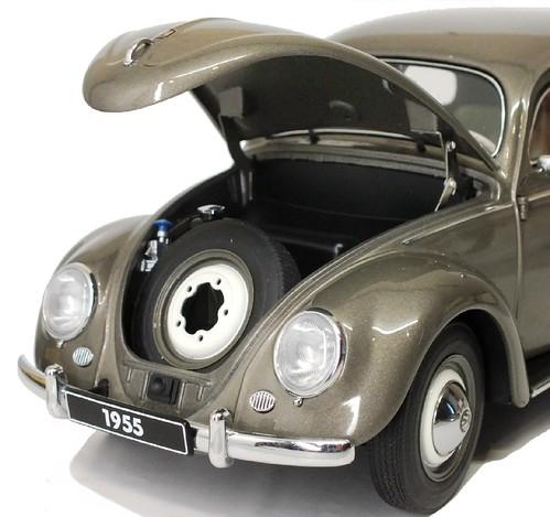 AutoArt VW Oval 1955 (6)