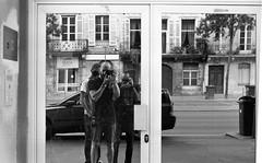 [ Street Family ] (Jérémie Le Guen) Tags: street leica portrait blackandwhite white selfportrait man black reflection analog 50mm nikon focus noir minolta kodak trix bordeaux reflet portraiture streetphoto manual miroir rue blanc reflets homme argentique trix400 aquitaine noirteblanc shootfilm fixedfocallength leguen leziwok jérémieleguen believeinfilm