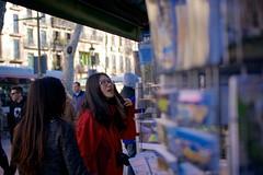 035 (Toni Jover) Tags: barcelona street blue red color canon lens asian prime f14 candid streetphotography sigma catalonia tourists souvenir larambla catalunya fotografia carrer rambles rambla 30mm ciutatvella