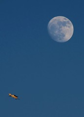 Fly me to the moon (ccgd) Tags: moon plane scotland highlands bulldog cromarty inverness dalcross
