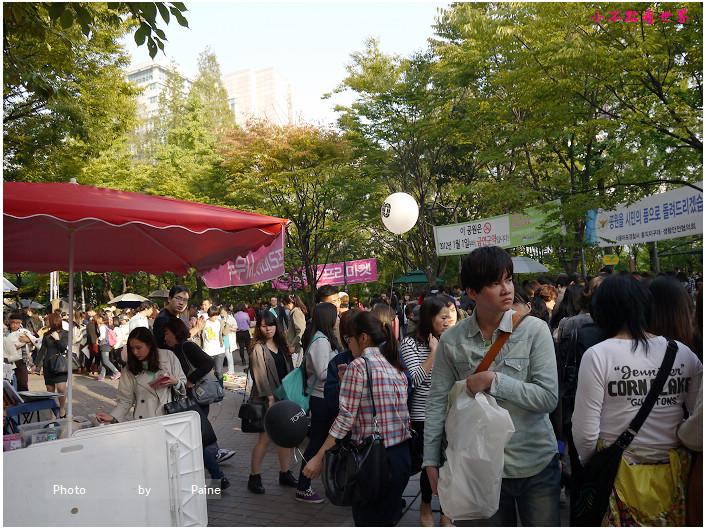 1013 弘大自由市場 (1).JPG