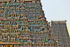 Srirangam |    (Kals Pics) Tags: sculpture india tower art history architecture canon painting temple religion divine holy gods hinduism legend mythology kaveri myth tamilnadu trichy srirangam gopuram cauvery tiruchirapalli 550d incredibleindia  kollidam lordvishnu sriranganathar kalspics sriramanujar 18135mmis coleroon divineindia srivaishnavites    vaigundam