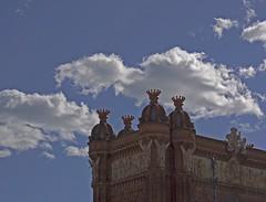 acaricindote (ViktorWild.) Tags: barcelona sky bcn cielo nubes ohcielos nbols sonynex7