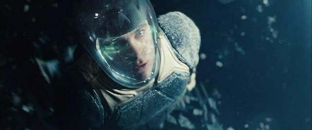 「闇黑無界: 星際爭霸戰」新版預告公開!