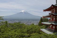 Fuji desde la pagoda chureito (Gorka Zarate) Tags: chureito pagoda libre naturaleza nature paisaje landscape japon japan fuji monte