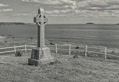 The Old Cemetery .... (c)rebfoto (rebfoto (away on assignment)) Tags: seascape graveyard oldcemetery blackandwhite bw rebfoto